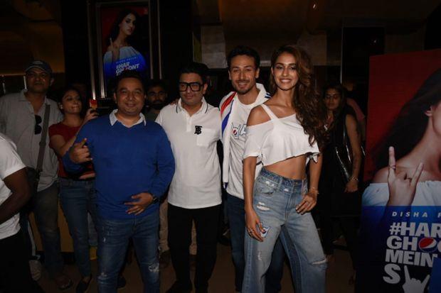 Tiger Shroff & Disha Patani Look Fashiontastic On A Summer Day
