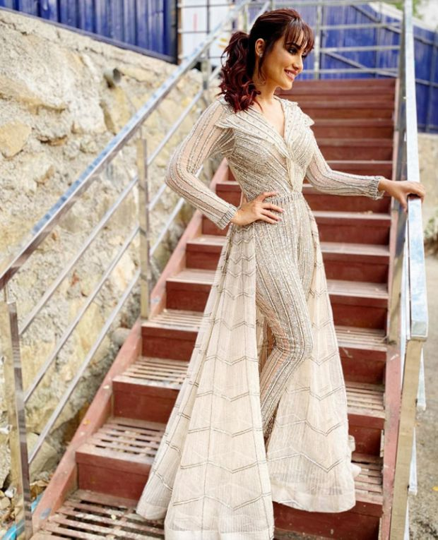 Surbhi Jyoti Looked Beautiful In Her Recent Photoshoot