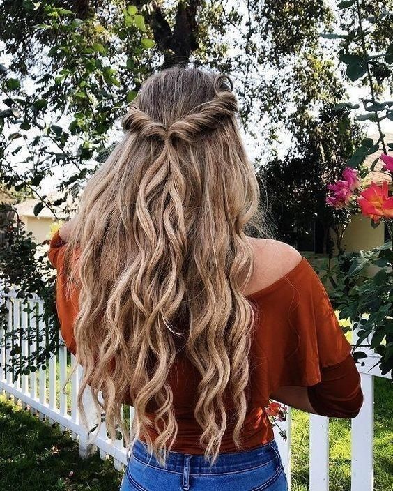 11 Quick Hairstyles That Are Easy For Ladies To Make Them Look Stylish