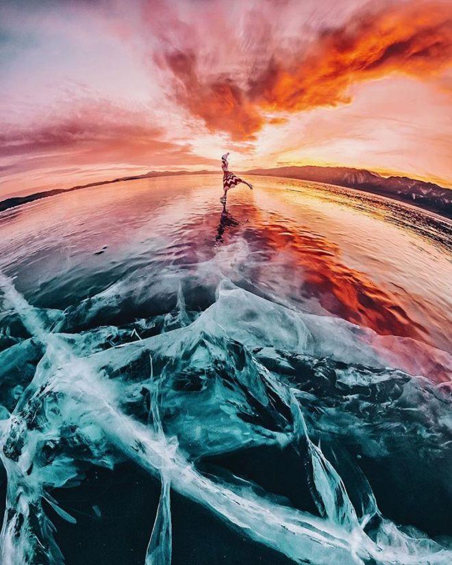 The Beauty Of Frozen Baikal Lake In Russia
