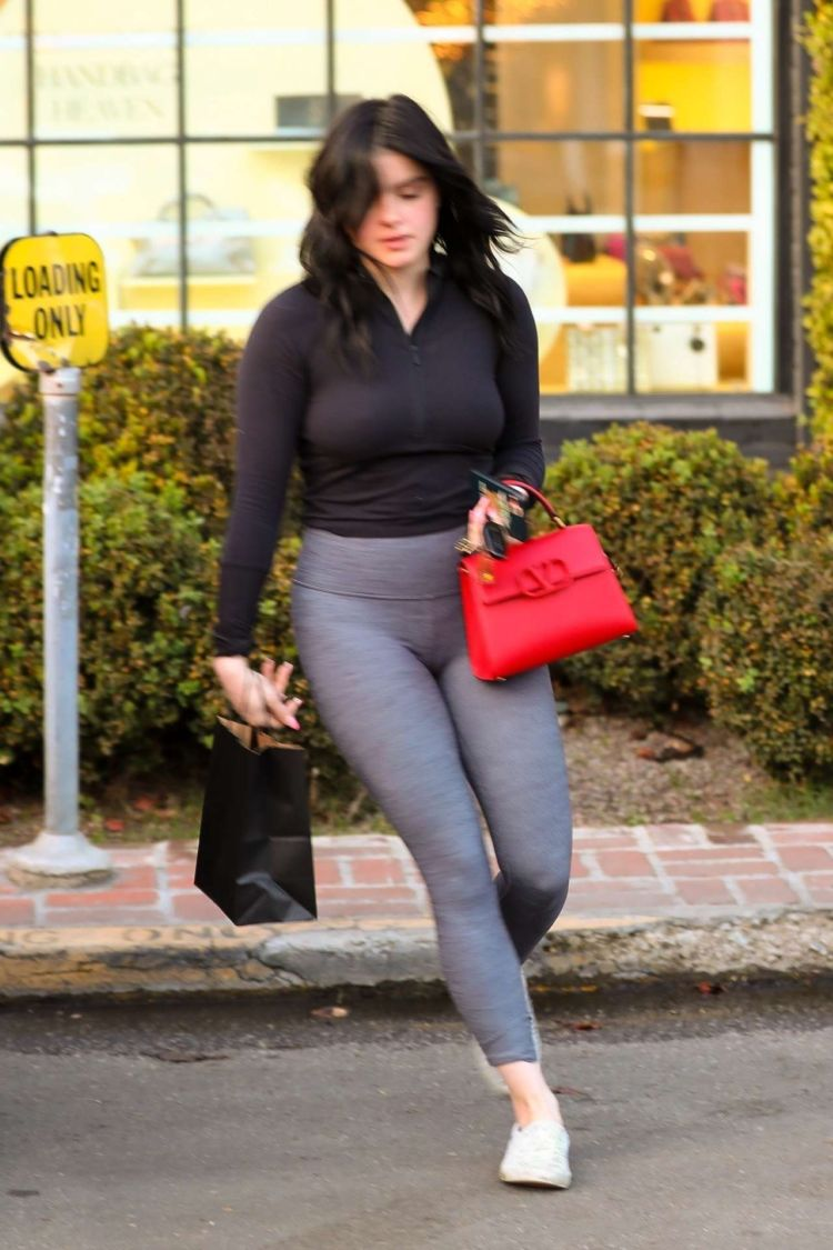 Ariel Winter Candids Outside Nine Zero One Salon In West Hollywood