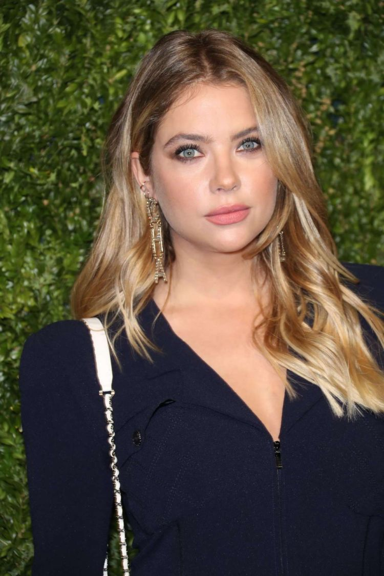 Gorgeous Ashley Benson At Tribeca Film Festival Artists Dinner Hosted By Chanel In New York