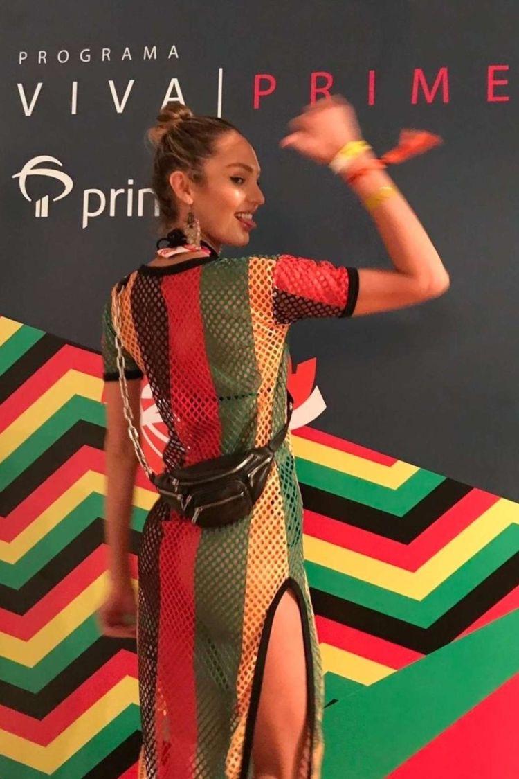 Candice Swanepoel Attends Programa Viva Prime In Bahia