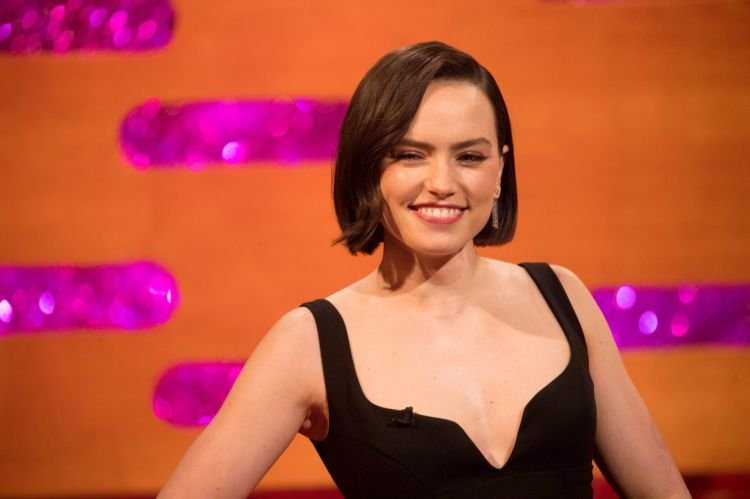 Gorgeous Daisy Ridley At The Graham Norton Show