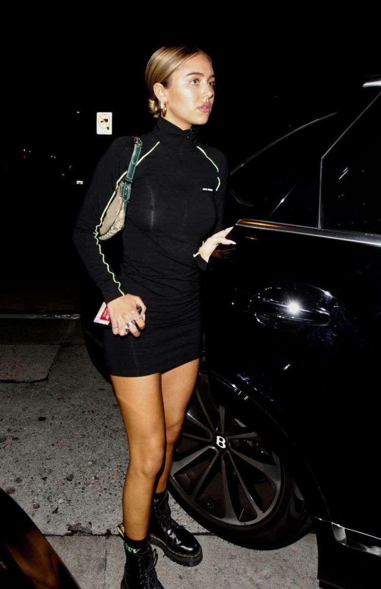 Delilah Belle Hamlin Leaving Craig's In West Hollywood