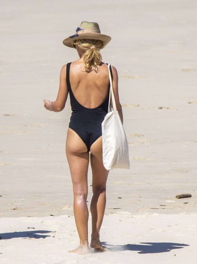 Elsa Pataky Candids In A Black Swimsuit On The Beach In Byron Bay