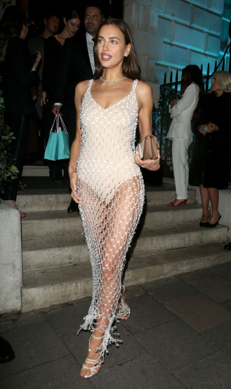 Irina Shayk Arrives At Annabel's Private Club In London