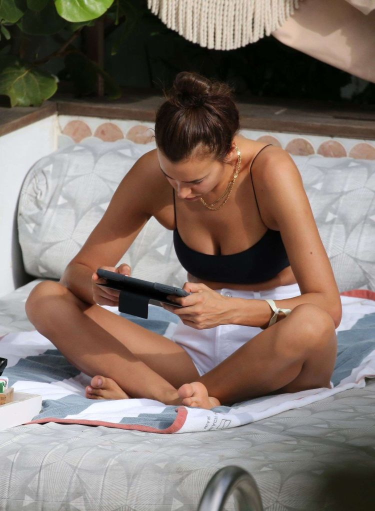 Irina Shayk Spotted In Shorts In Miami