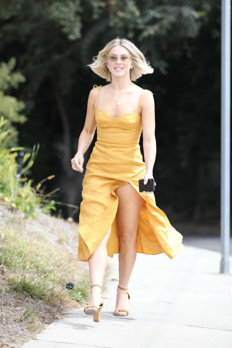 Gorgeous Julianne Hough Heading For A Party In Los Angeles