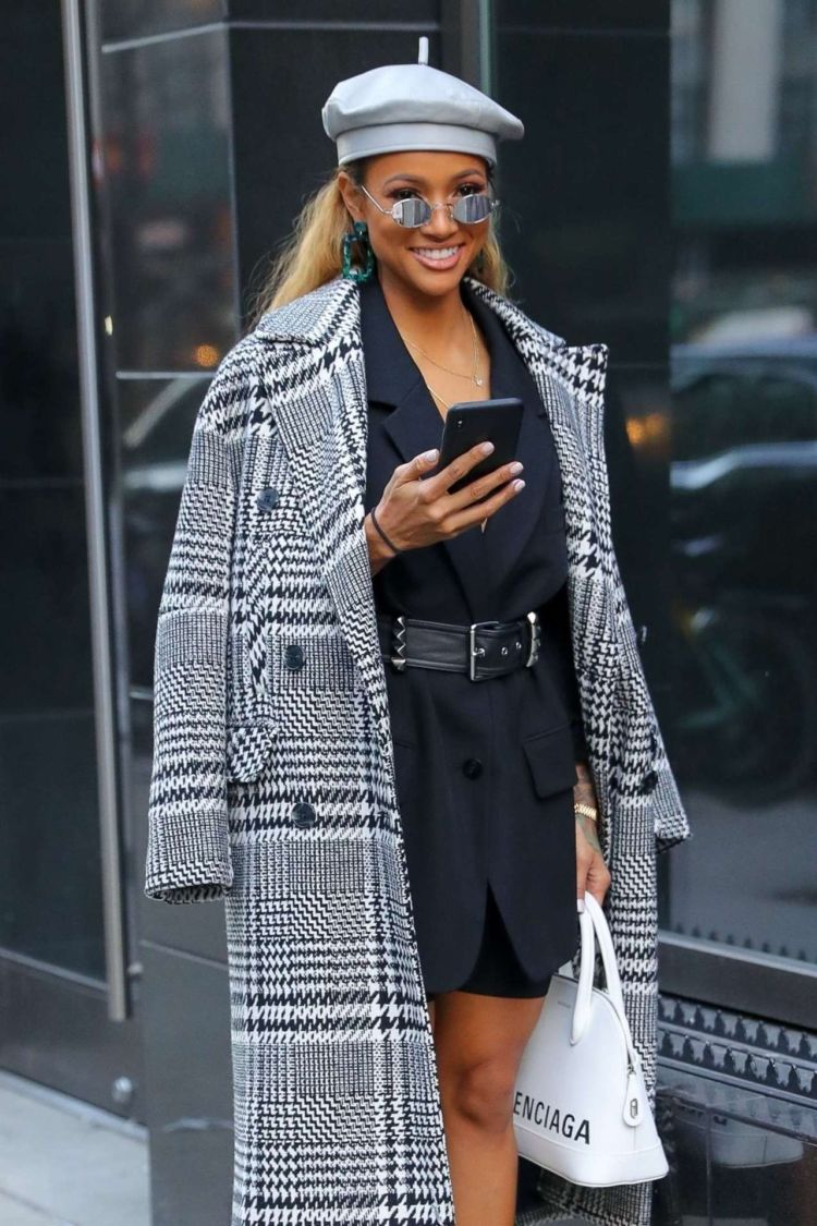 Karrueche Tran Outdoor Candids In New York City
