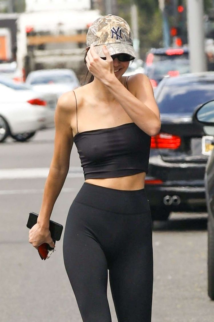 Kendall Jenner Out For Lunch Candids In Beverly Hills