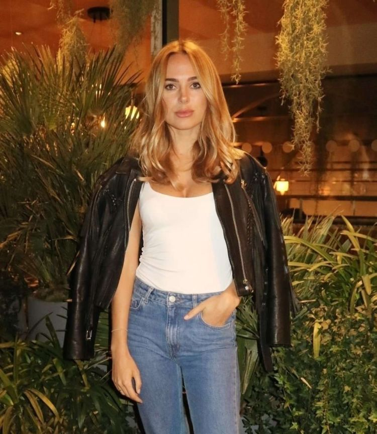 Gorgeous Kimberley Garner At Shakedown Coffee Launch Party