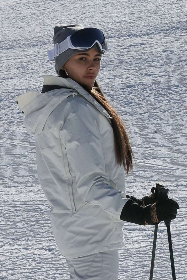 Madison Beer Takes A Ski Lesson In Aspen