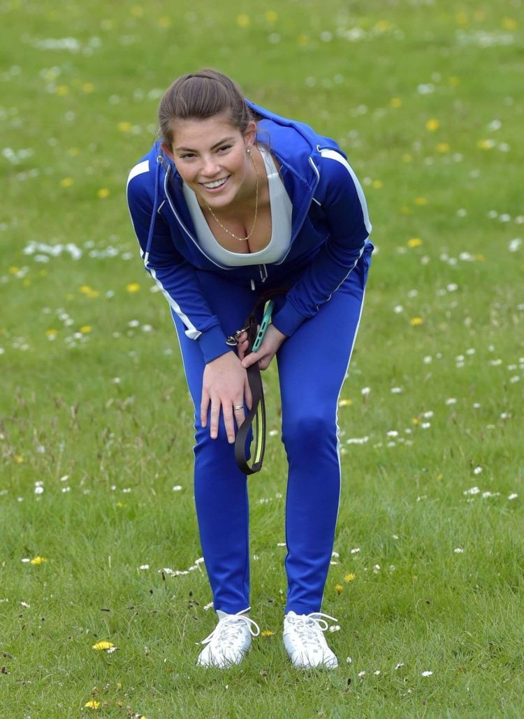 Fitness Freak Phoebe Price Spotted Stretching In The Middle Of The Road