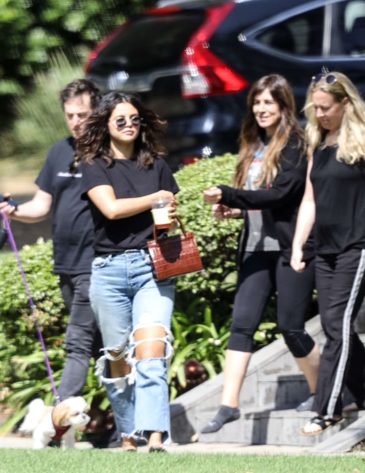 Selena Gomez Spotted At Her Friend's House In Los Angeles
