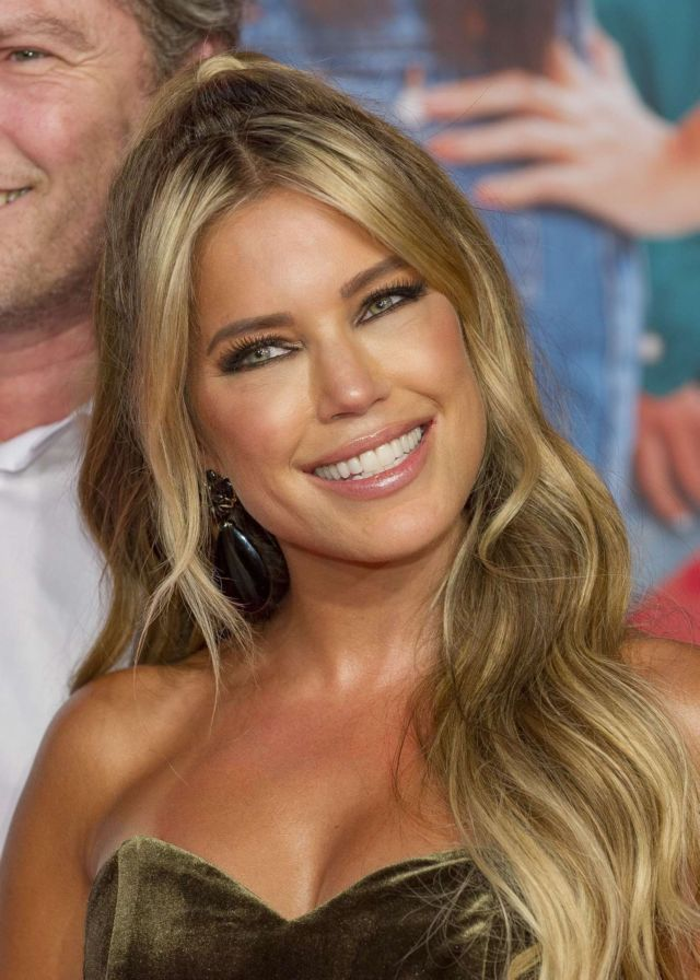 Gorgeous Sylvie Meis At The 'Misfit' Premiere At Cinedom Cologne In Germany