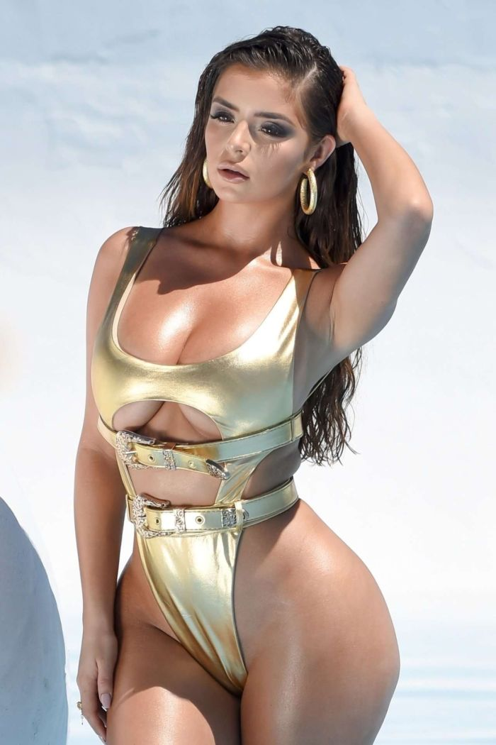 Demi Rose Mawby's Amazing Golden Bikini Photoshoot In LA