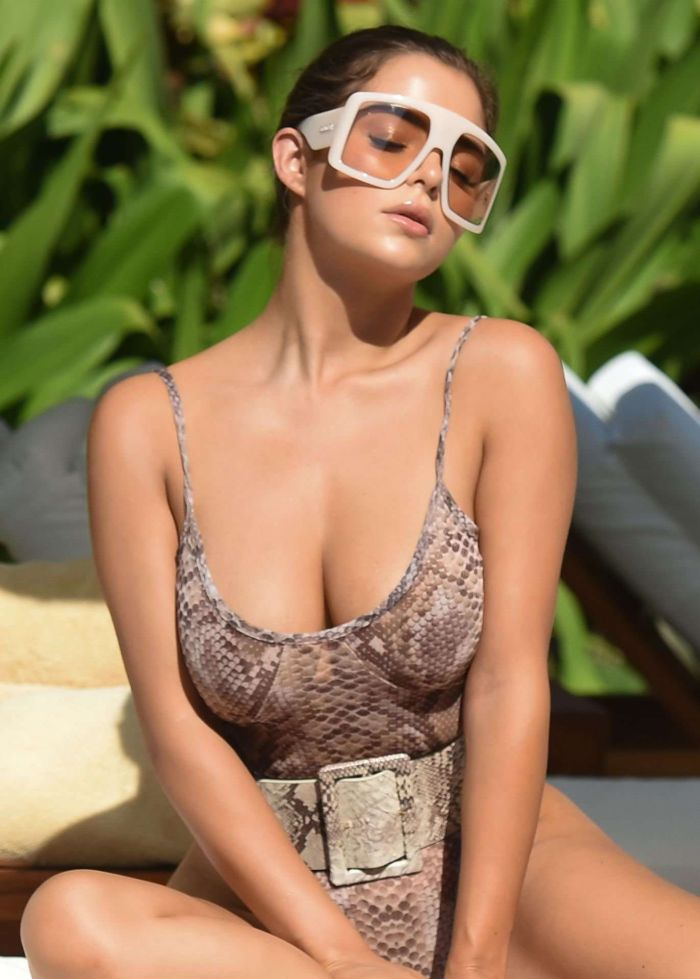 Demi Rose Mawby In Swimsuit At The Poolside In Bali