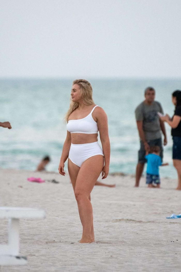 Iskra Lawrence In A White Swimsuit At Miami Beach
