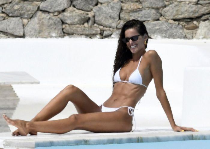Izabel Goulart In White Bikini On The Beautiful Island Of Mykonos