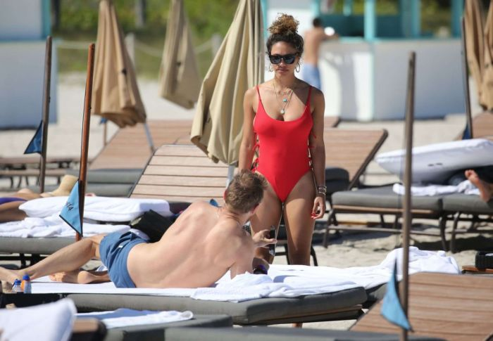 Jessica Ledon Tanning In A Red Swimsuit In Miami