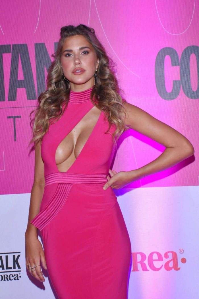 Kara Del Toro Attended The Cosmopolitan Fashion Night In Mexico