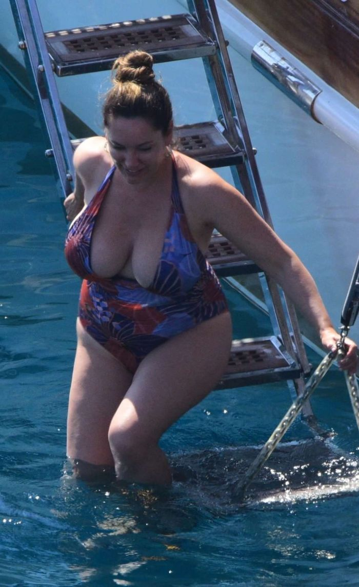 Kelly Brook In A Swimsuit On A Vacation In Turkey