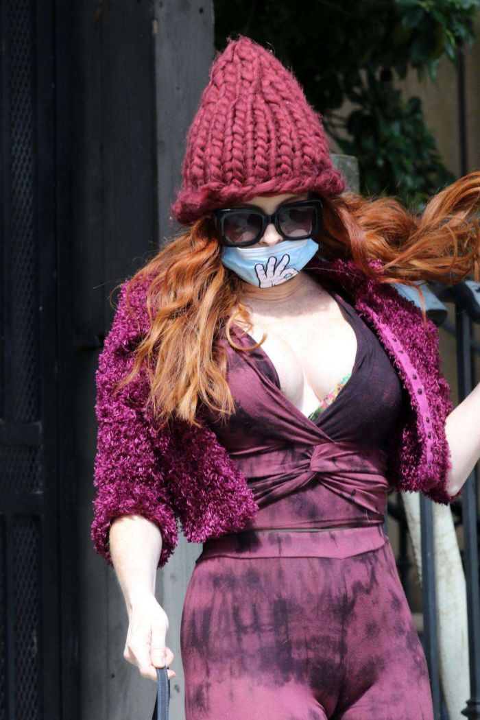 Phoebe Price Spotted Out In A Mask Out In Los Angeles